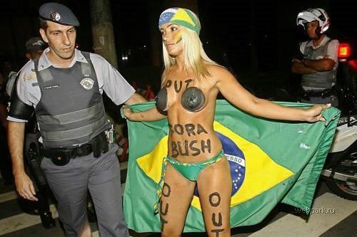 фото полицейская голая