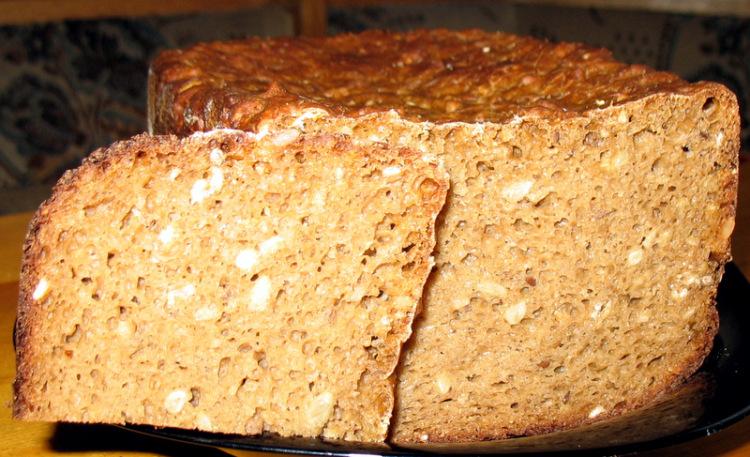 Ржаной хлеб с семечками в духовке